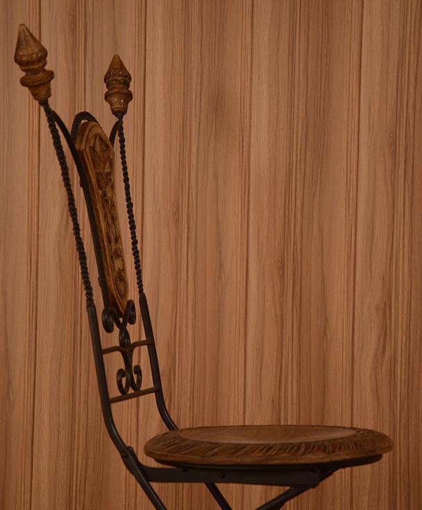 Sandal-Wood